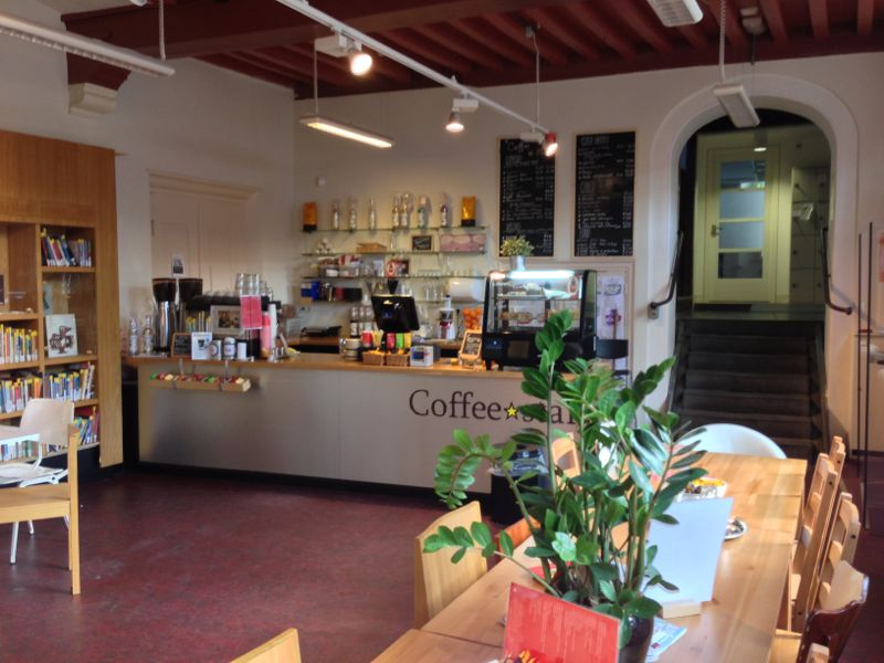 Tijdsbeeldbibliotheek en Coffee Star